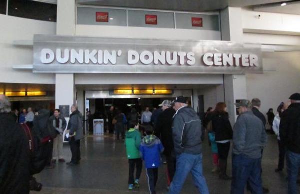 702_Dunkin_Donuts_Center_Entrance.jpg